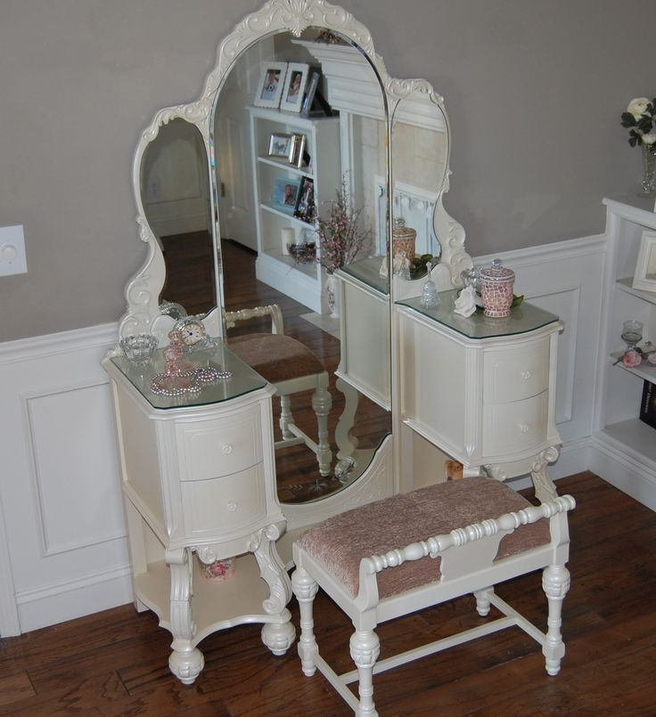 Vanity Set Rare Find Antique White Pearl 1935 Hooker Basset Beveled Mirrors  Restyled Local Pickup Only KCMO