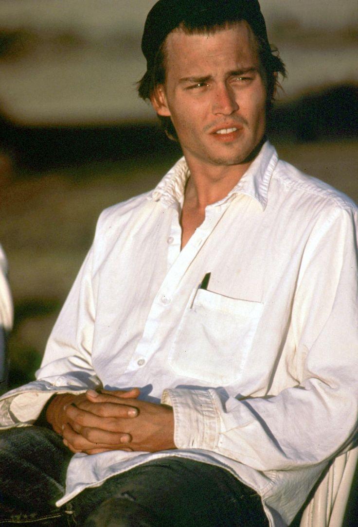 Google chrome themes johnny depp - Johnny Depp 1991