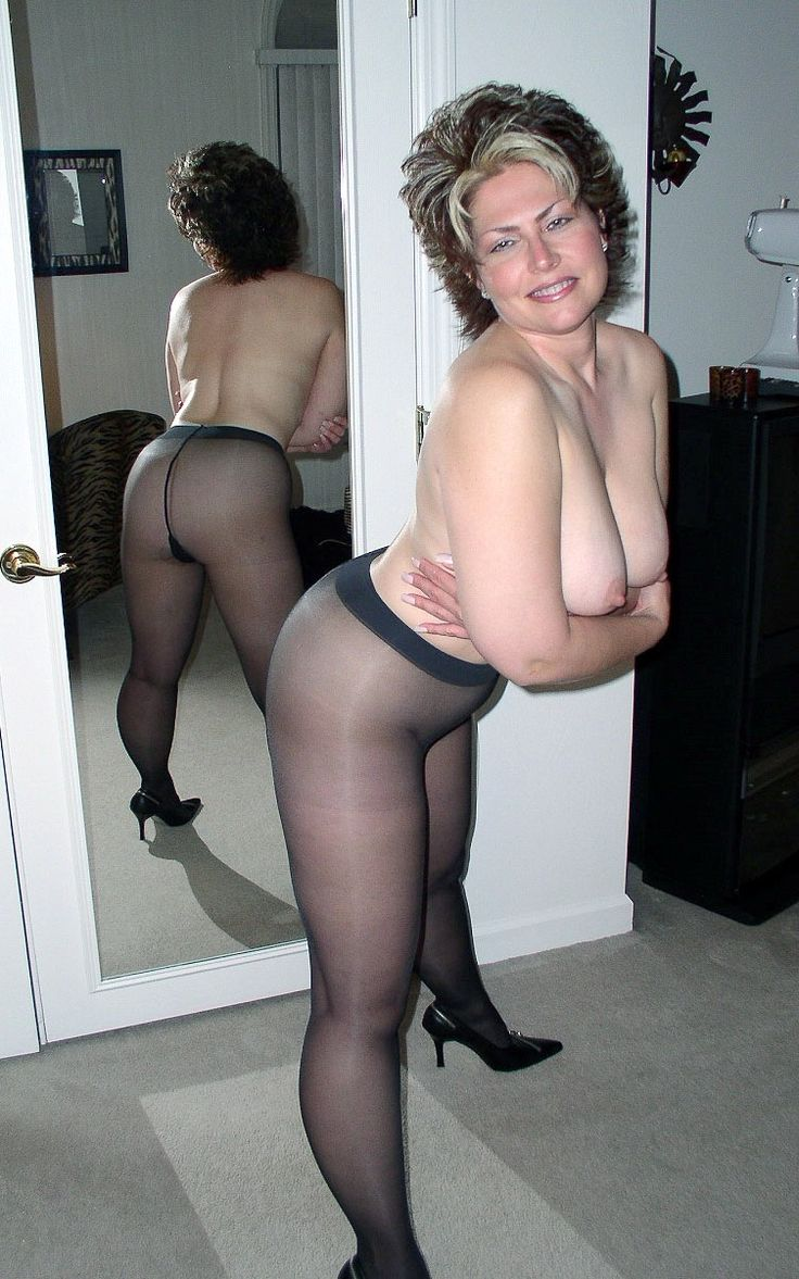 Old milfs in pantyhose nude 13