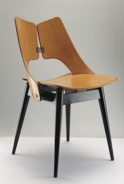 Krzesło ze sklejki 'Płucka' proj. Maria Chomentowska
