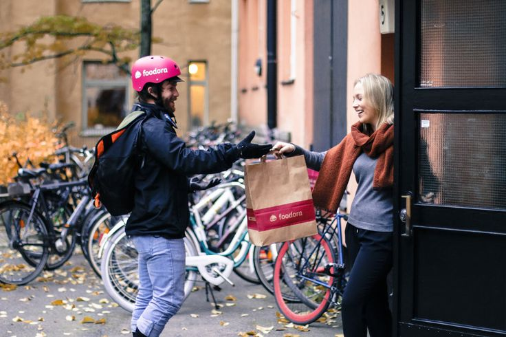 Interview with a Foodora Rider in Stockholm - A very honest interview with Pryan, a Foodora rider and student living in Stockholm. From AppJobs.com
