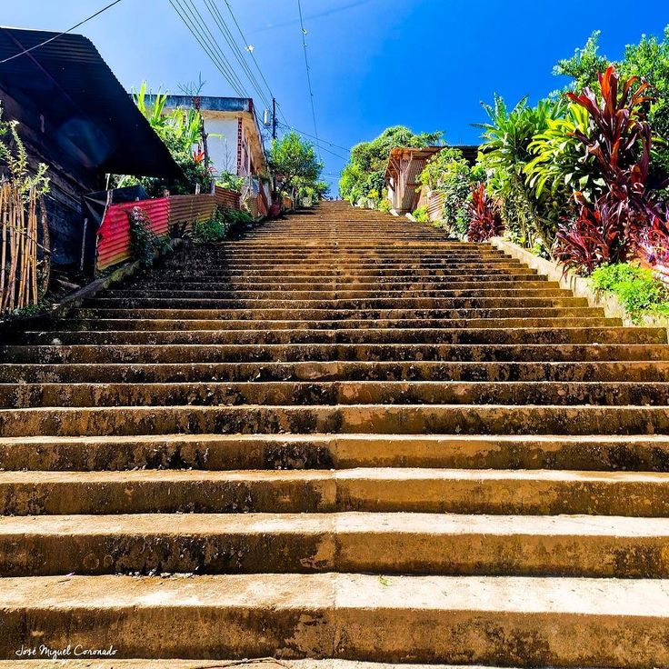 Muchas gradas!!!!!. San Juan Cotzal. Quiche #PostalesGT #Retoinstagrampl #QuePeladoGuate #Prensa_libre #Guatemala #mundochapin #milugarfavoritopl #picoftheday #perhapsyouneedalittleguatemala #guatevision_tv #gtmagica #visitGuatemala #QuebonitaGuate #natgeotravel #natgeo #photooftheday #pictureoftheday #fotodeldia #stairs #gradas #subida #quiche #cotzal #guate