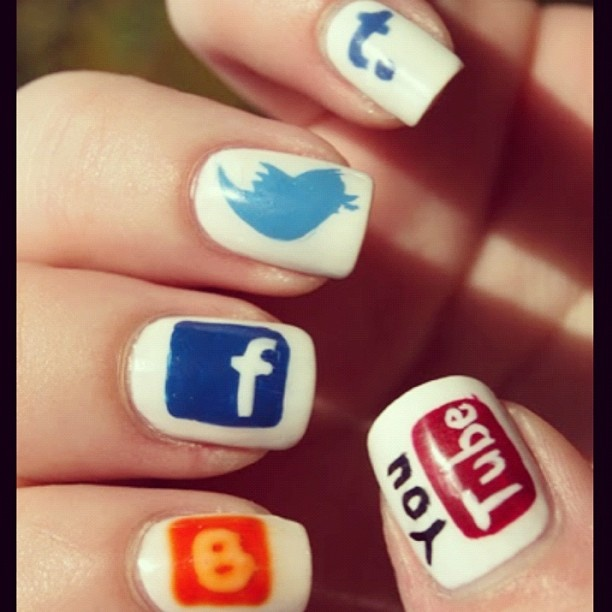 Social Media Nails. Reminds you where to post...;): Social Network, Nails Art, Nails Design, Social Media, Social Nails, Nails Ideas, Socialmedia, Media Nails, Network Nails