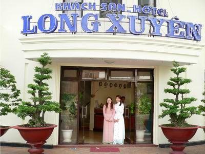 Long Xuyen hotel. http://www.chaudoctravel.com/2011/09/long-xuyen-hotel/