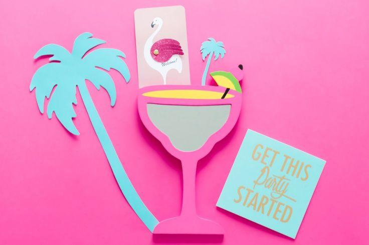 Déco de soirée DIY ambiance Miami, palmiers et flamants roses ! A retrouver sur le blog www.sunsetlovers.fr