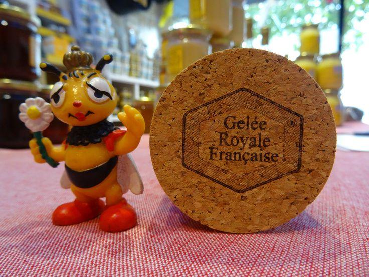 Acheter de la Gelée Royale Française, c'est exiger la Qualité ! Découvrez notre article sur le sujet ainsi que notre Produit Certifié Français en Vente en Ligne.