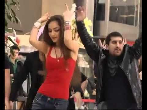 flashmob in Moscow, Russia, Bollywood songs - YouTube