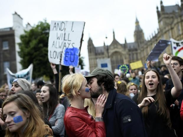 Brexit protest: Thousands plan to march against Leave vote in London today