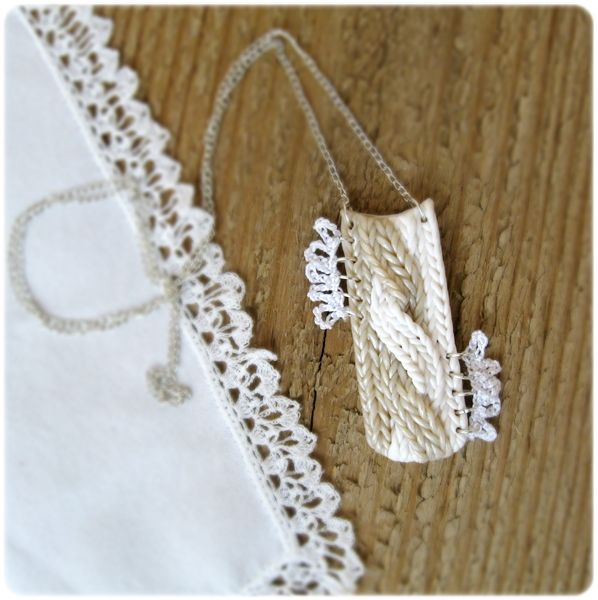 Polymer clay knit effect necklace pendant