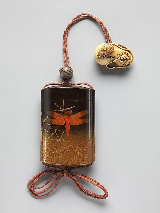 Case (Inrô) with Design of Dragonfly (obverse); Praying Mantis (reverse)…