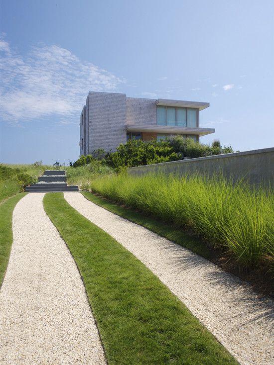 Garten Einfahrt Haus Kies Gras Rasen Deko Steinmauer
