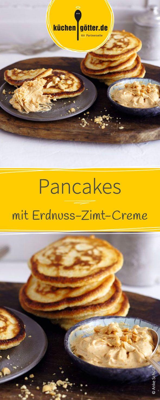 Fluffige Pfannkuchen, die super schnell in der Pfanne goldbraun angebraten werden und mir feiner, selbstgemachter Erdnuss-Zimt-Creme angerichtet werden. Ein tolles Rezept zum Frühstück oder auch als Nachtisch.