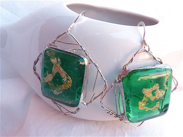 Square glass earrings,rhombus earrings,artisan glass earrings,silver earrings,silver and glass jewelry,tiffany,green,handcrafted,gold foil by Dartisanglass on Etsy