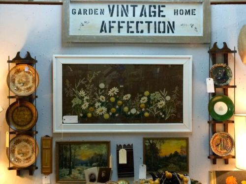 140 best Vintage Home Decor images on Pinterest | Antique, Antiques ...