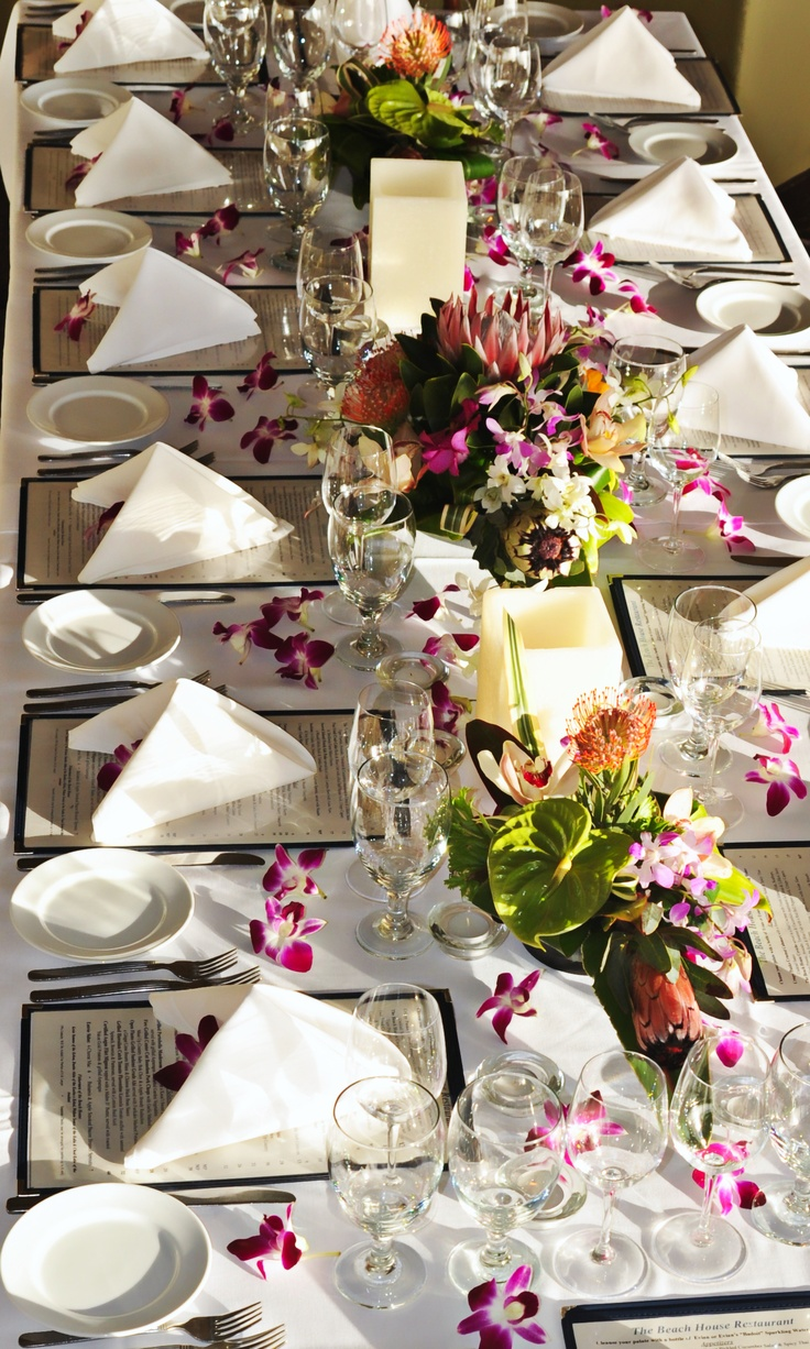 Modern restaurant table setting - A Tropical Table Setting At The Beach House Restaurant