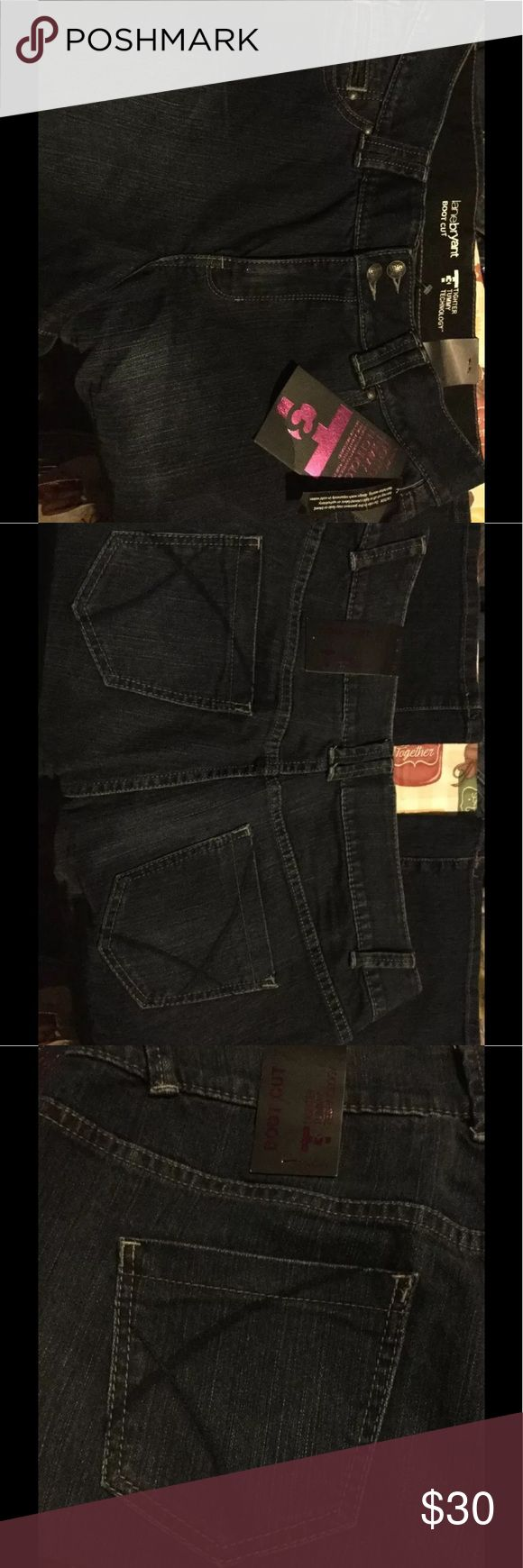 Tummy Tuck Bootcut 38W 32L Jeans New With Tags Lane Bryant Tummy Tuck Bootcut Ladies Size 16 38W 32L Jeans New With Tags🎉🎉🎉Host Pick 🎉🎉🎉excellent style and value Lane Bryant Jeans Boot Cut