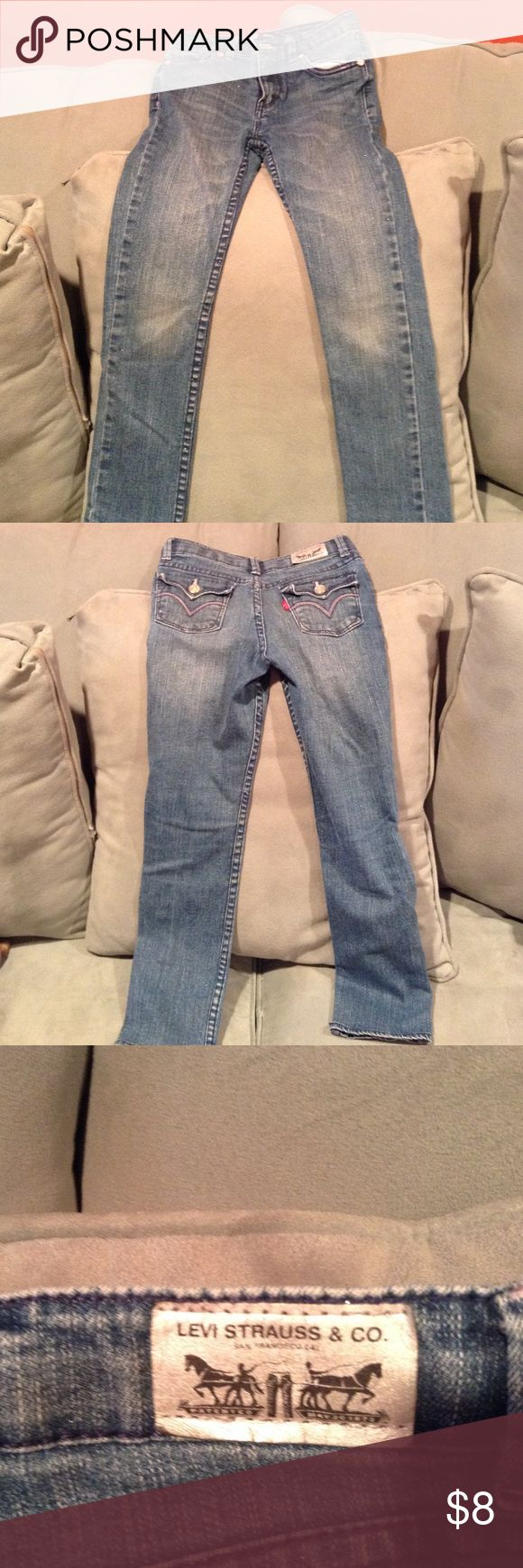 GUC Levis skinny jeans Girls size 6X skinny jeans. Levi's Bottoms Jeans