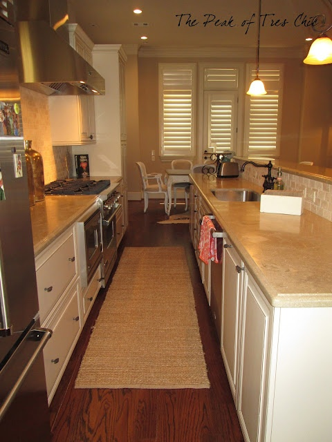 Beautiful galley kitchen home inspiration pinterest for Galley kitchen designs with peninsula