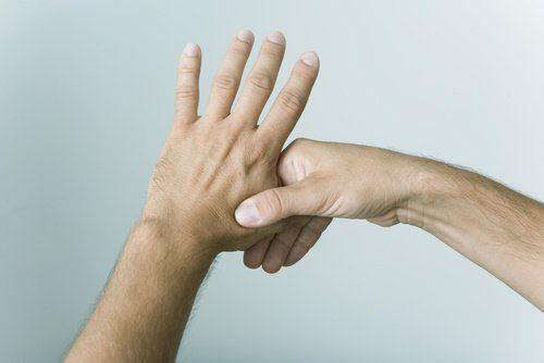 Presiona los dedos y mejora tu vida