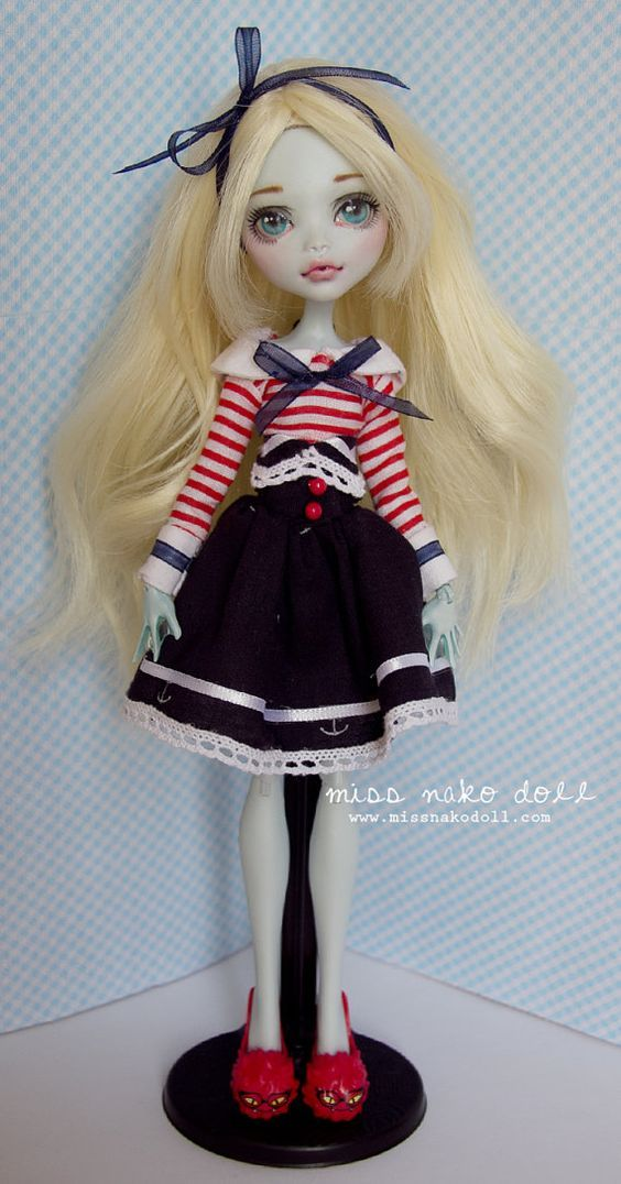 Monster High Custom Lagoona Blue Doll Repaint OOAK by MissNakoDoll: