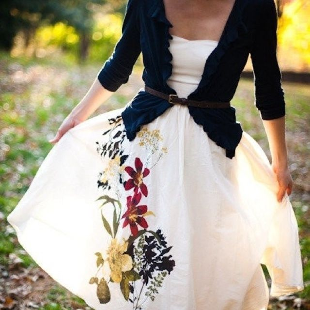 This outfit is a great alternative if you have a sleeveless dress, but don't want to show your arms. Simply put on a lightweight cardigan over the dress and add a belt.
