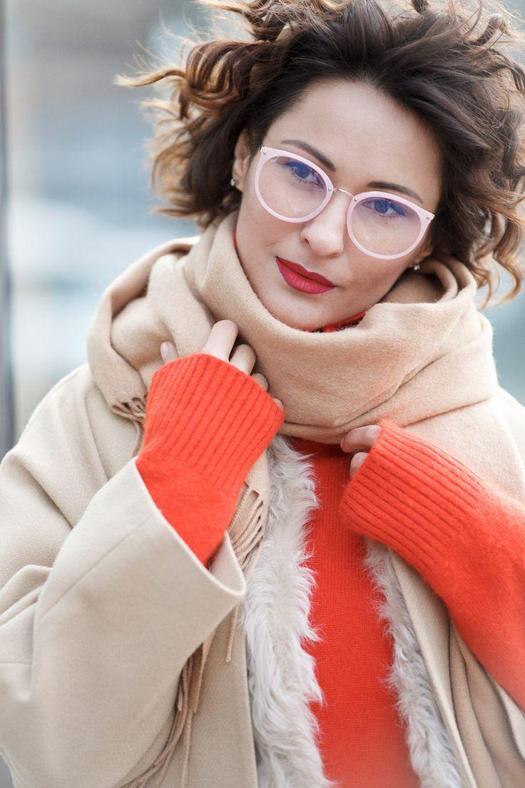 pure_eyeglasses_portrait | clear frame glasses | Ellena Galant Girl