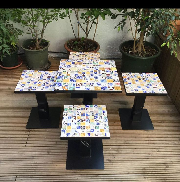 Coffee Tables da giardino. Patchwork cementine multicolor artigianali…