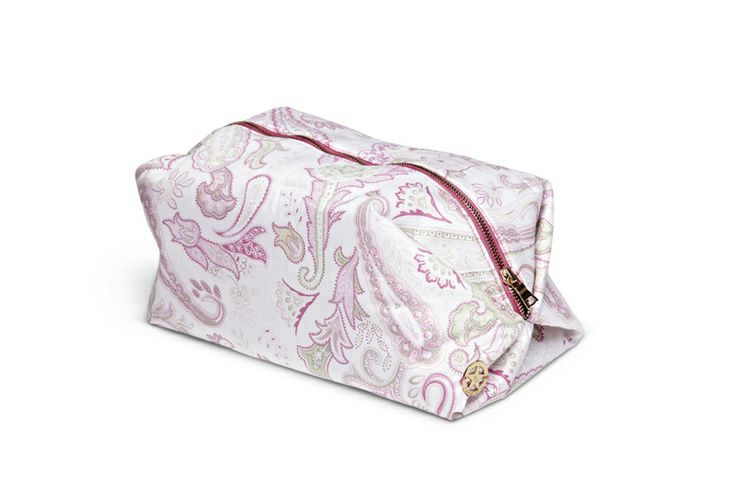 Paisley Toilet bag from Florence Design! <3 News for Season Spring/Summer 2015. Available at www.florence.no