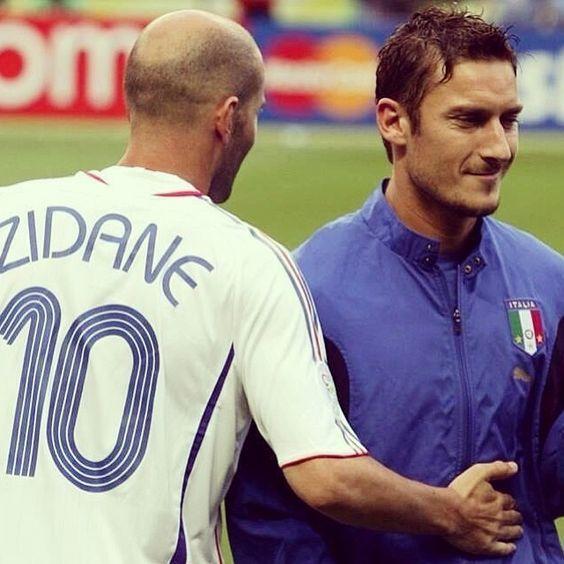 Zidane - Totti (Football Legends)
