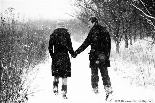 Winter Wonderland - 30 Engagement Photo Ideas  <3 <3