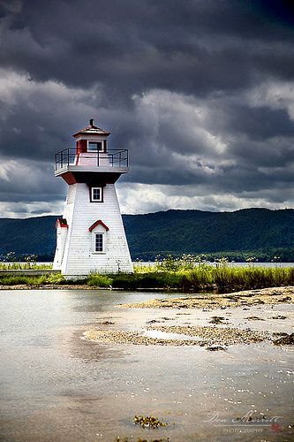 Seal Island Lighthouse - Nova Scotia, Canada