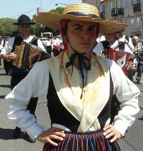 CASA DO MINHO REALIZA FESTIVAL DE FOLCLORE EM LISBOA SOB O SIGNO DO DIA MUNDIAL DA CRIANÇA - BLOGUE DE LISBOA