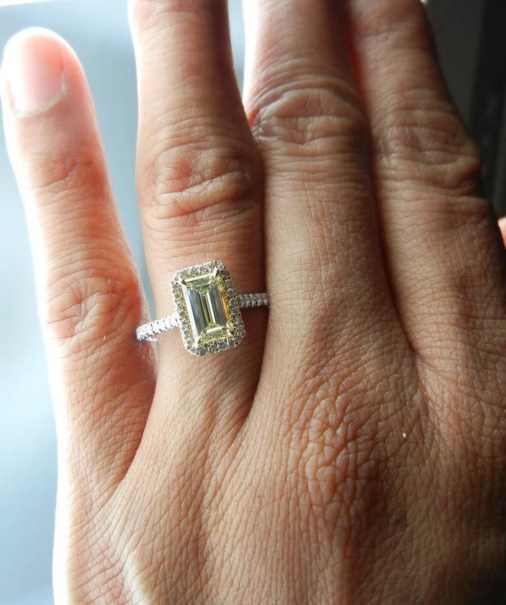 ring: Halo Diamond