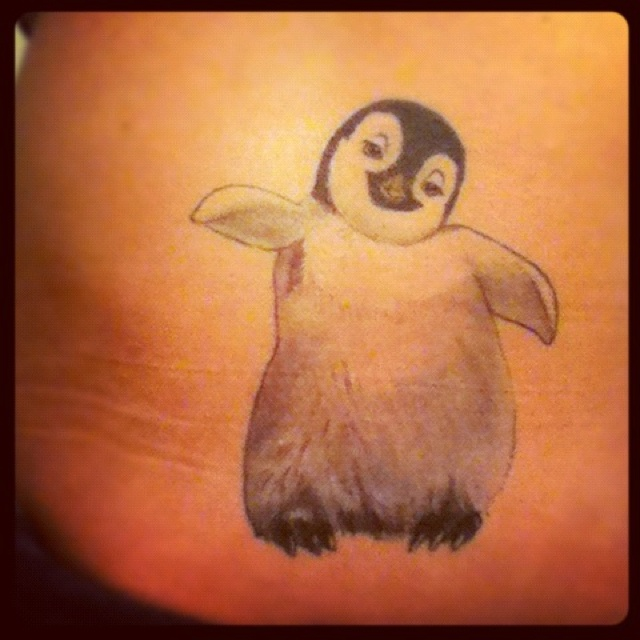 10 Penguin Tattoo Designs And Ideas: 64 Best Penguin Tattoos Images On Pinterest