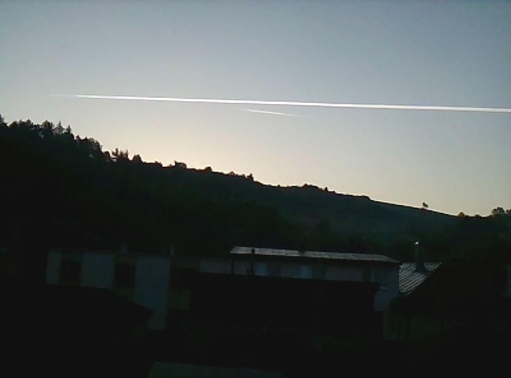 Na oblohe na lietaju uz zrana .