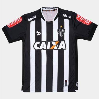 Estampe a tradição da Galo com a Camisa Dryworld Atlético Mineiro I 2016 s/nº Preto e Branco. O novo manto exalta as cores do Alvinegro e veste o torcedor de garra e orgulho para torcer. | Netshoes