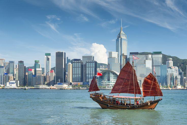 Hong Kong #Asia #Hongkong #China #Asien #Kina #Travel #Resa #Vacation #Semester #Adventure #Resmål #Äventyr #Boat #Ship #Båt #Skepp #Skyline