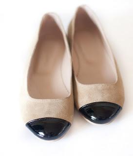 balerini  pret: 200 RON  pt comenzi: incaltamintedinpiele@gmail.com
