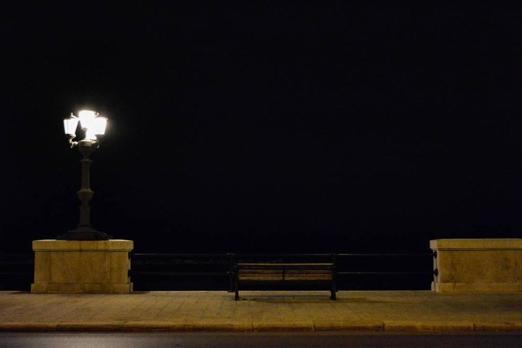 Bari by night  #buongiorno #goodmorning #morning #sun #coffee #horror #couple #love #amore #breakfast #travel #viaggio #instapic #nofilter #amazing #instagood #landscape  #florence #bari #london #paris #tube #playa #mare #starbucks #matera #sunset #sunrise #barcelona #santorini by robyloz