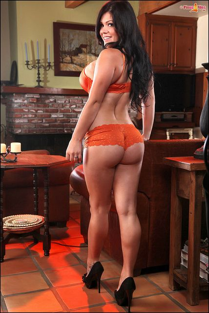 Satinee Capona Nude Photos 65