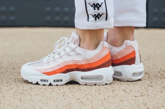 finest selection 0d282 2e1bf Nike WMNS Air Max 95 Barely Rose Coral Stardust Ready For Summer A floral  camo theme