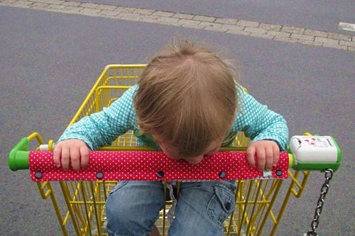 I'm going to make this next time I'm invited to a baby shower--or maybe a 1-year-old's birthday. It looks easy! (No link, as far as I can tell.) Do you know something like 50% of shopping carts carry yucky things like e coli? Seriously...do you know who last touched that handle? :)C