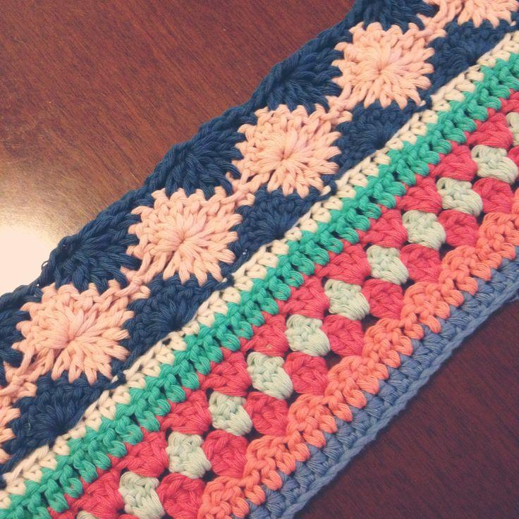 As-we-go stripey blanket. Free pattern notyouraveragecrochet. ✭Teresa Restegui http://www.pinterest.com/teretegui/ ✭