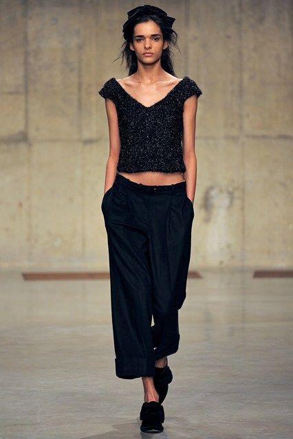 Simone Rocha - www.vogue.co.uk/fashion/autumn-winter-2013/ready-to-wear/simone-rocha/full-length-photos/gallery/934662