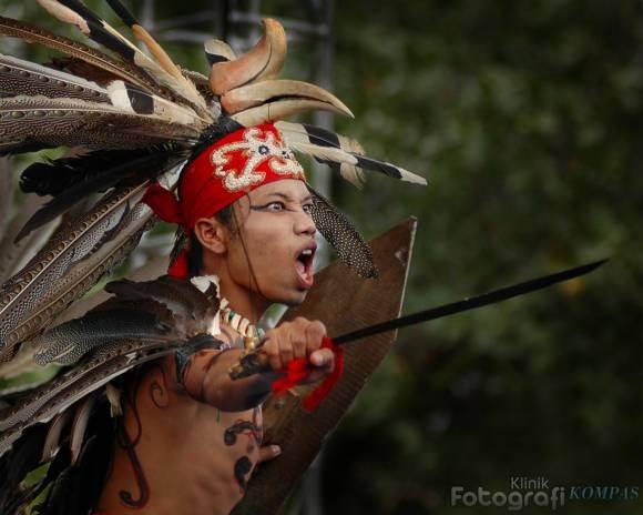 mahkota indonesian traditional dance