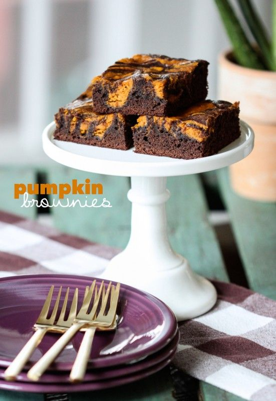 Baking has arrived! Learn how to make these Chocolate-Pumpkin Brownies ...
