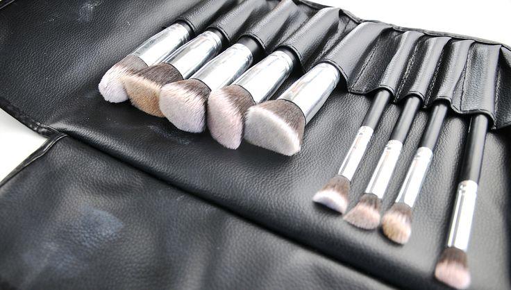 Review: AOA Studio Hi-Def Brush Set   Ailsa Jane - Australian Plus Size Fashion Blog