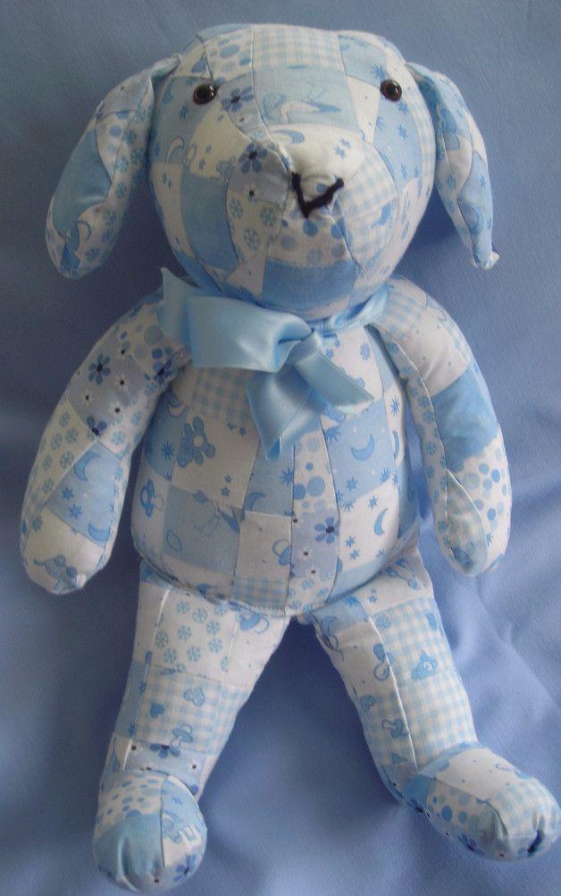 Kuscheltiere - hellblauer Patchworkhund - ein Designerstück von saluhe bei DaWanda - Kuscheltier - Hund im Patchworkmuster - Patchwork - Geschenkidee für Kinder - Geschenk