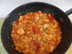 GAZPACHOS DE PESCADO Los gazpachos manchegos o Galianos son un plato tradicional manchego. Debido a su cercanía geográfica y climática, este plato también es popular en el interior de Comunidad Valenciana, sobre todo en las... Read More