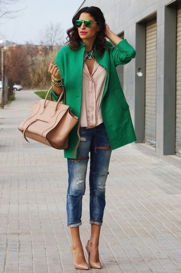 Opt for comfort in a green coat and blue ripped skinny jeans. Finish off your look with tan leather pumps.  Shop this look for $114:  http://lookastic.com/women/looks/sunglasses-and-pumps-and-skinny-jeans-and-tote-bag-and-necklace-and-bracelet-and-coat-and-button-down-blouse/4118  — Green Sunglasses  — Tan Leather Pumps  — Blue Ripped Skinny Jeans  — Tan Leather Tote Bag  — Green Necklace  — Gold Statement Bracelet  — Green Coat  — Beige Button Down Blouse